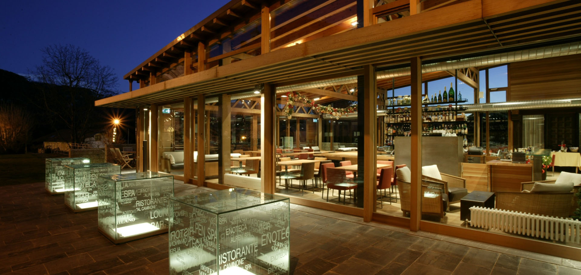 Hotel Milano Val Presolana Lounge Bar con la neve